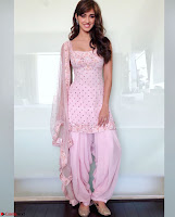 Fabulous Disha Patani Stunning Fashion Wardrobe promotes Baaghi 2 Full Instagram Set ~  Exclusive Gallery 035.jpg