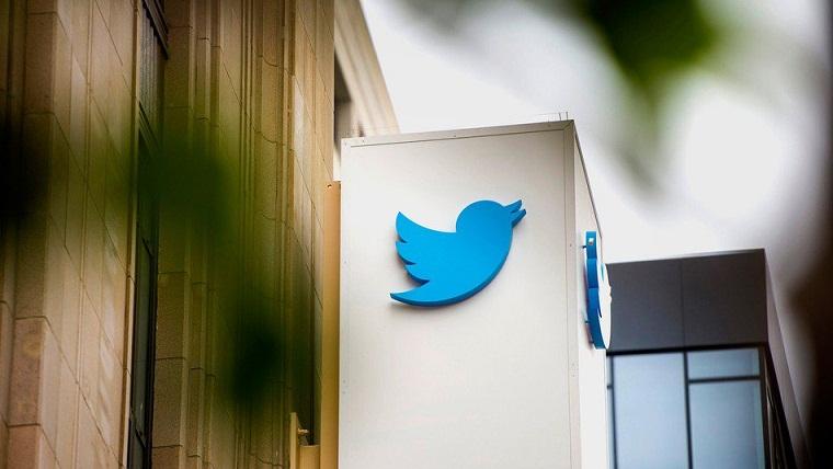Polemik Verifikasi Centang Biru di Twitter