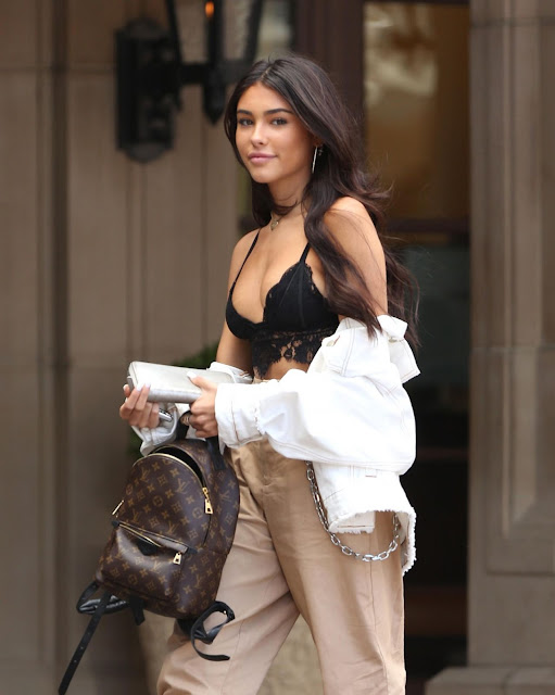 Madison Beer – Leaving Justin Bieber's Hotel Room