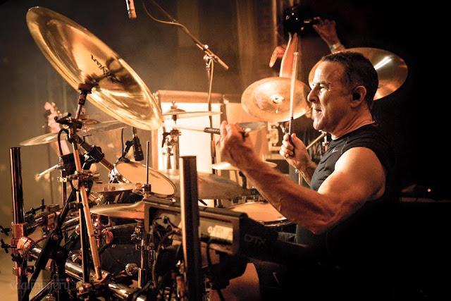 Ο drummer Mark Zonder