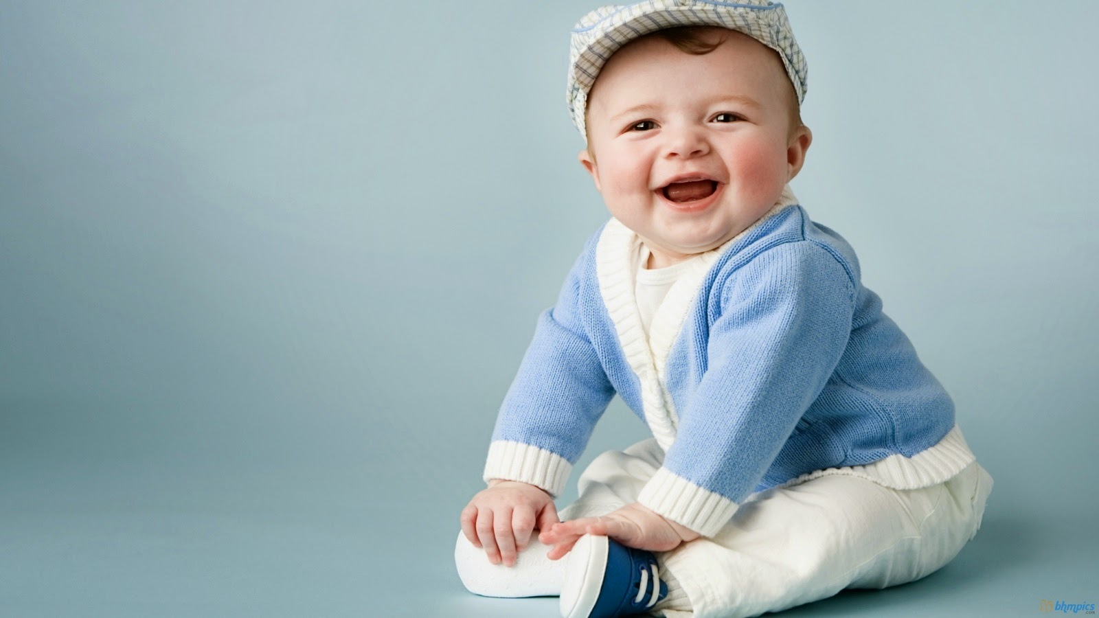 beautiful cute baby wallpapers | most beautiful places in the world