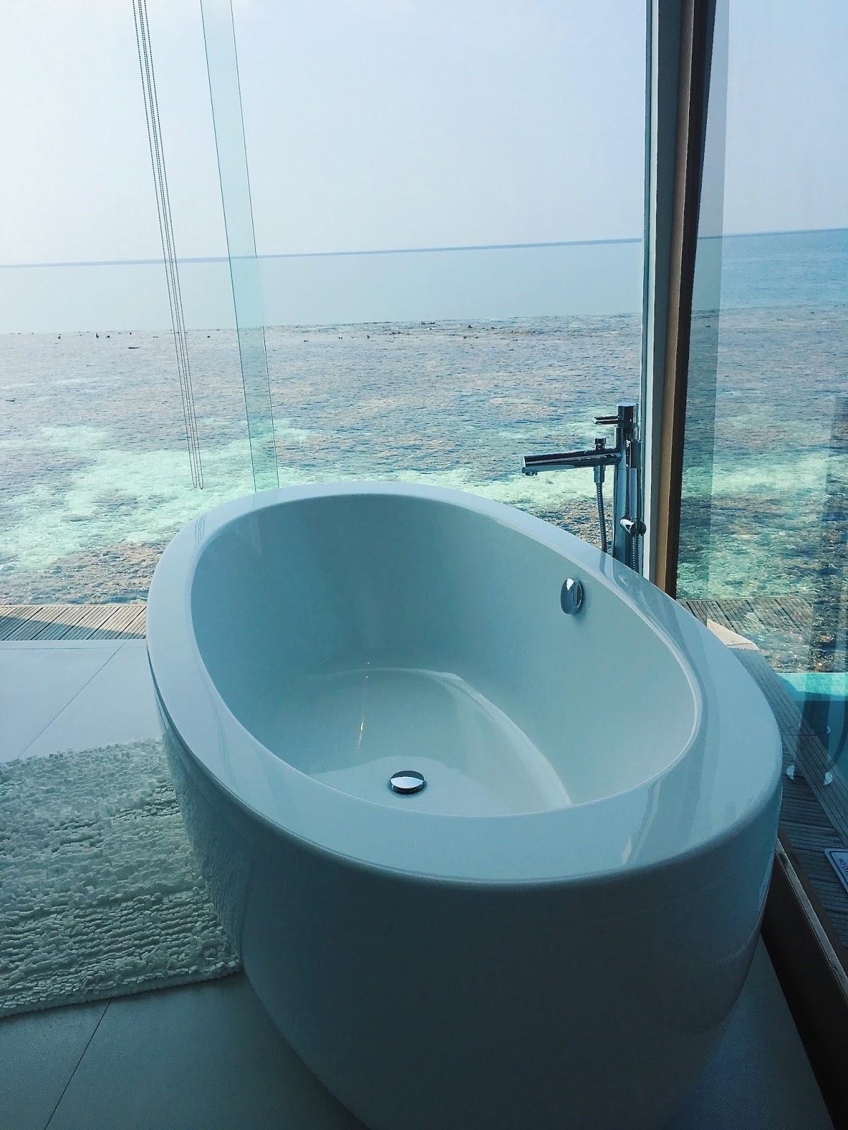ocean pool villa kandolhu maldives