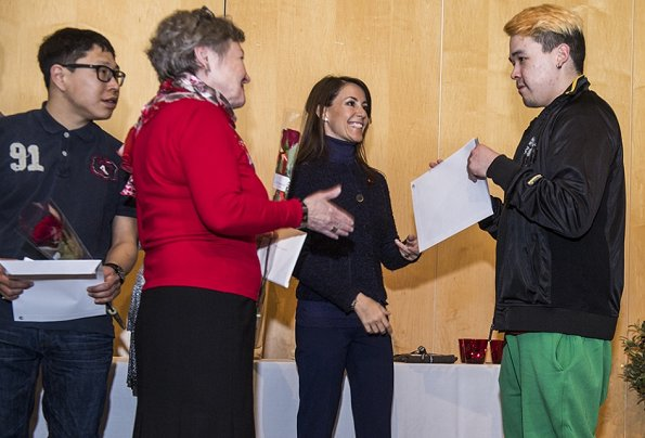 Princess Marie visited the National Museum of Greenland, and social care center. Also, the Princess delivered learning diplomas at Sermersooq in Nuuk