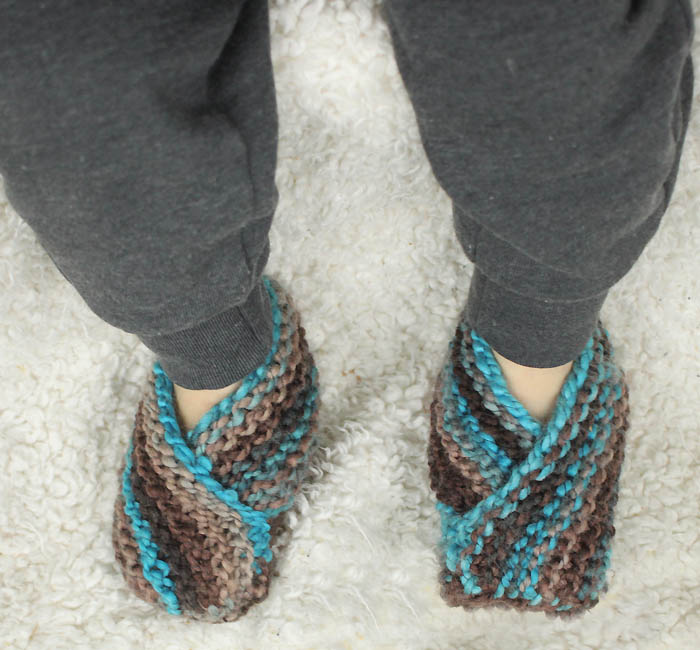 Easiest Toddler Slippers Ever! Knitting Pattern - Gina Michele