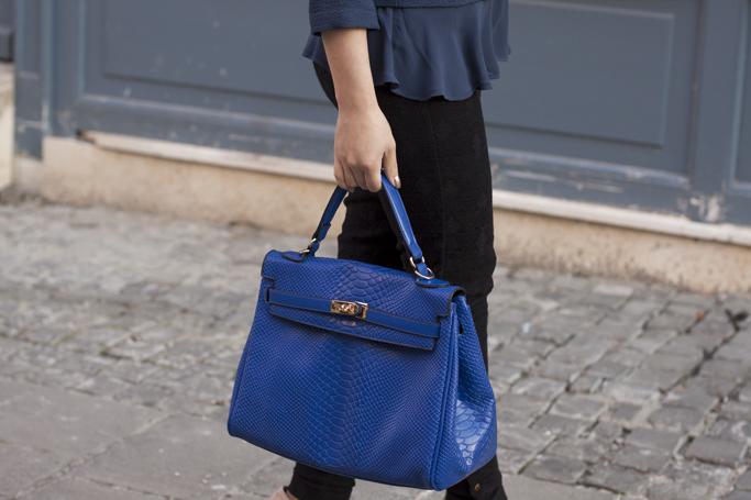 geanta albastra adona