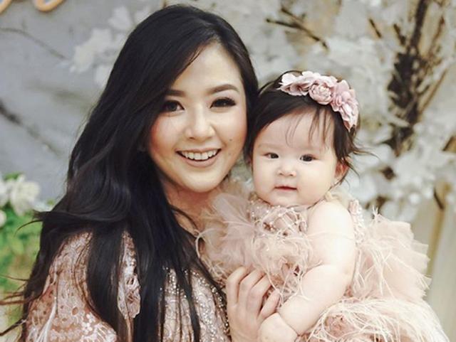 Belum Mau Balik ke Dunia Hiburan, Franda Ingin Fokus Jadi Ibu