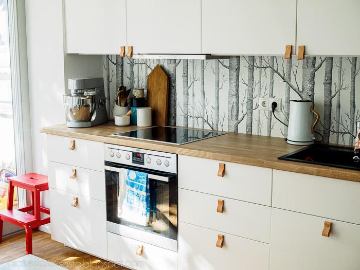 DIY nahkalenkkivetimet keittiöön  Ajatuksia Saksasta