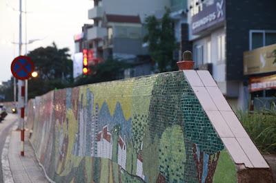 Sladar Gai vòng quanh Hà Nội