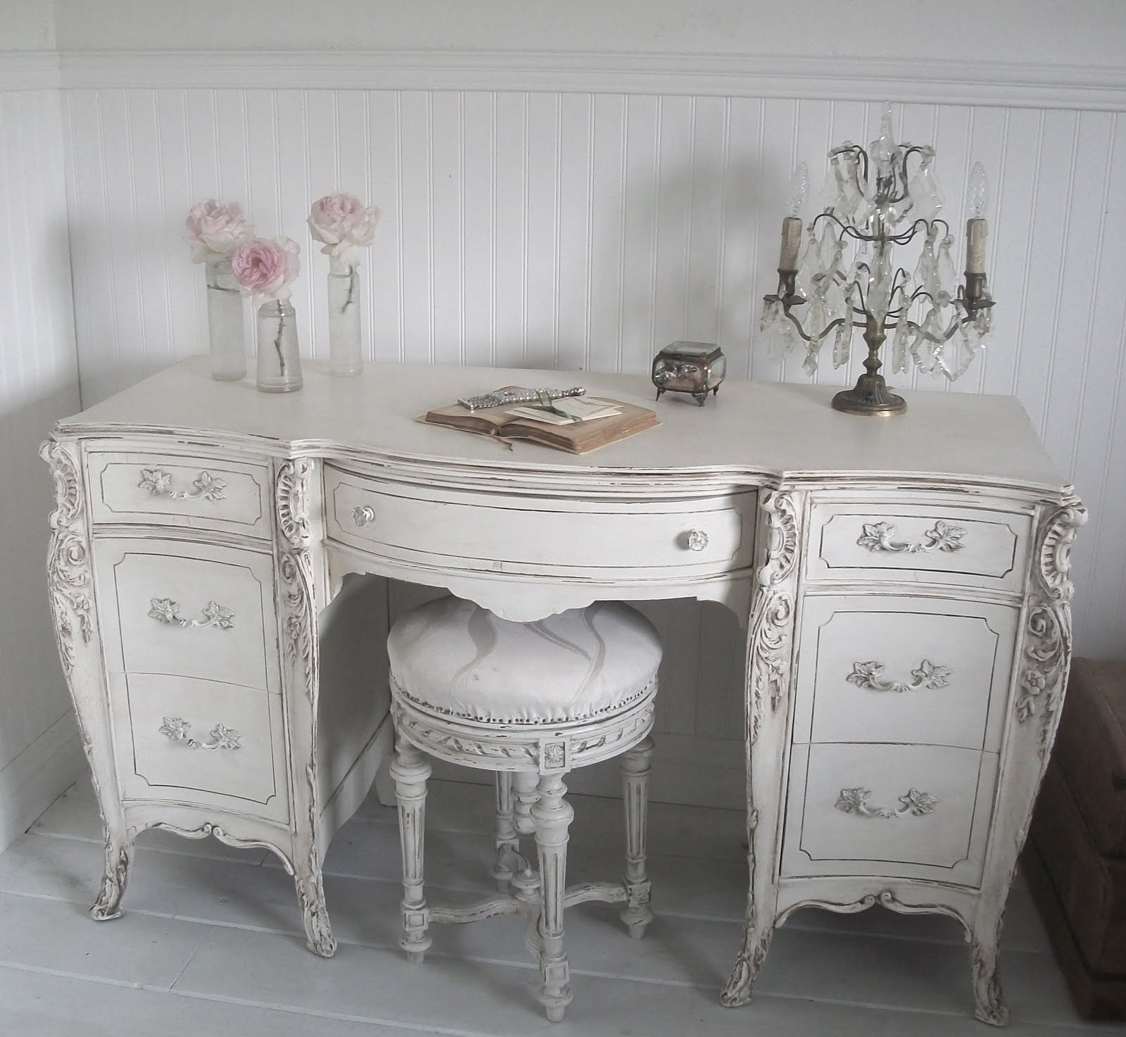 Full Bloom Cottage French Furniture for White Wednesday
