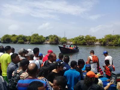 Embarcación ´´Jornalis José´se hunde en el sitio denominado como Boca de Dragón