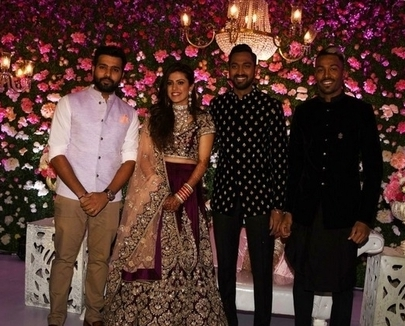 Krunal-Pandya-Pankhuri-sharma-wedding