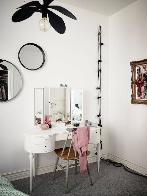 toaletka vinatge, toaletka retro, toaletka skandynawska