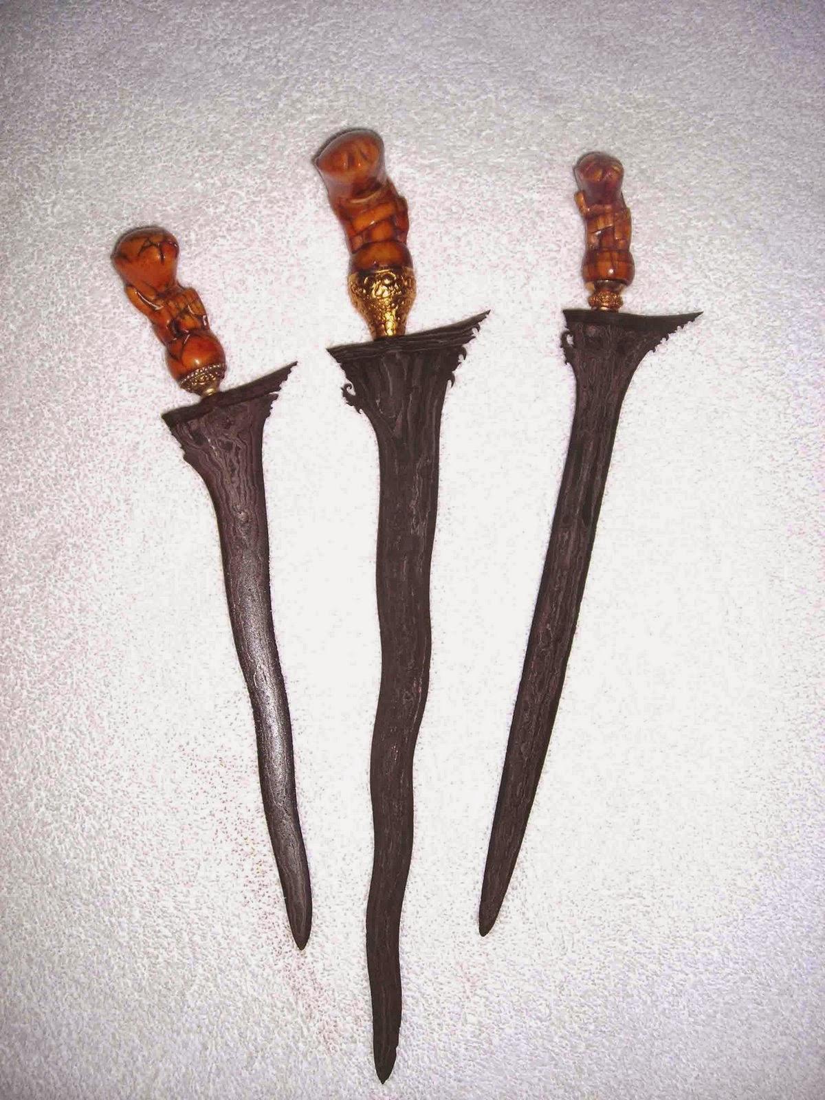 3 Senjata Tradisional Lampung  TradisiKita Indonesia