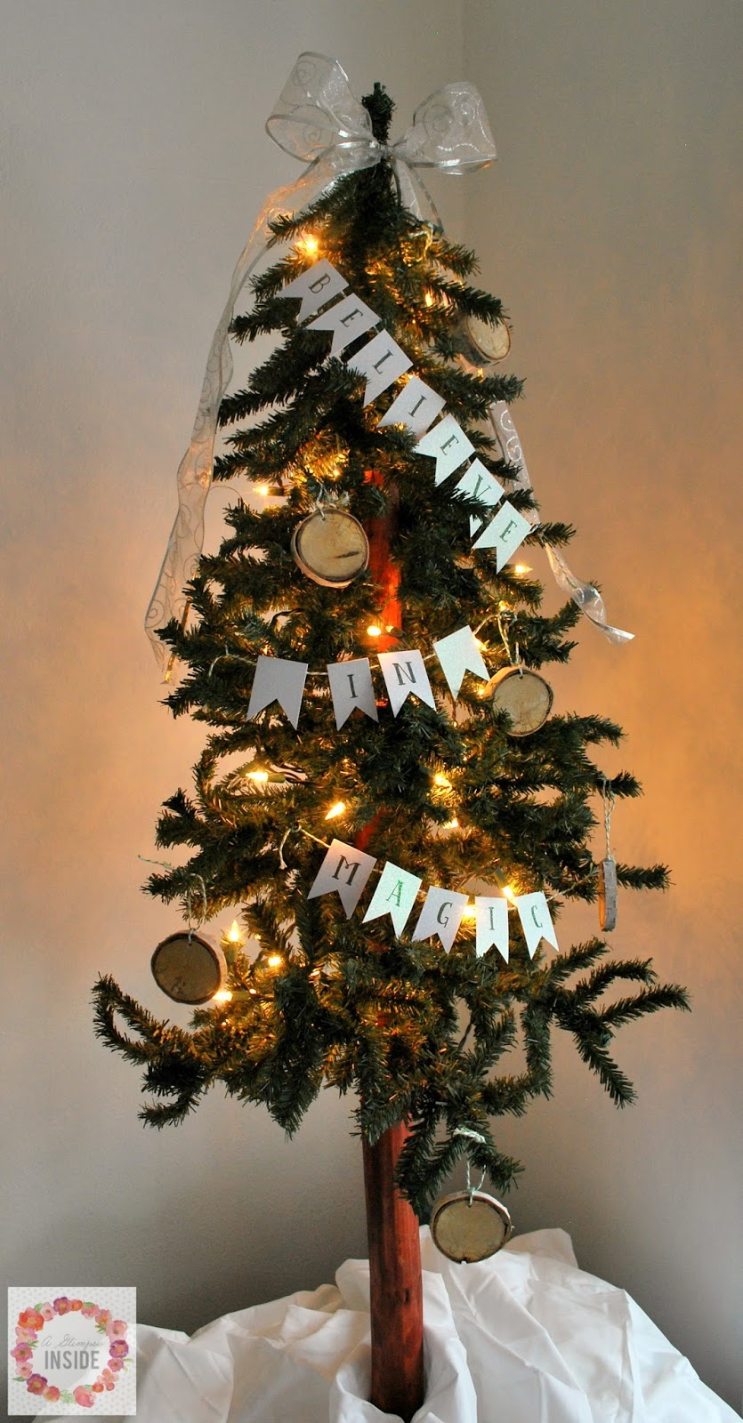 Easy mini tree bunting banner a glimpse inside solutioingenieria Image collections