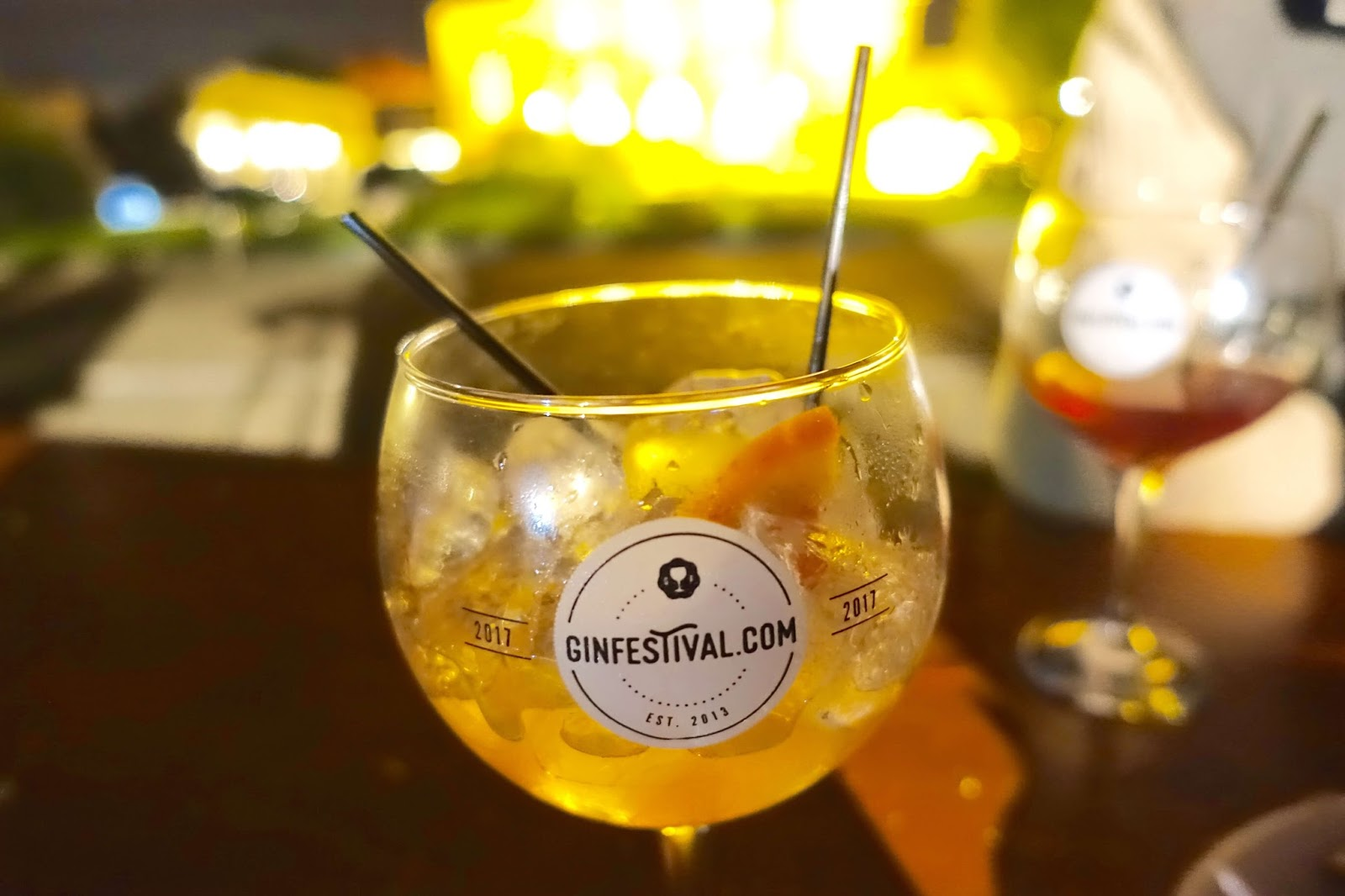 Gin festival 2017 balloon glass