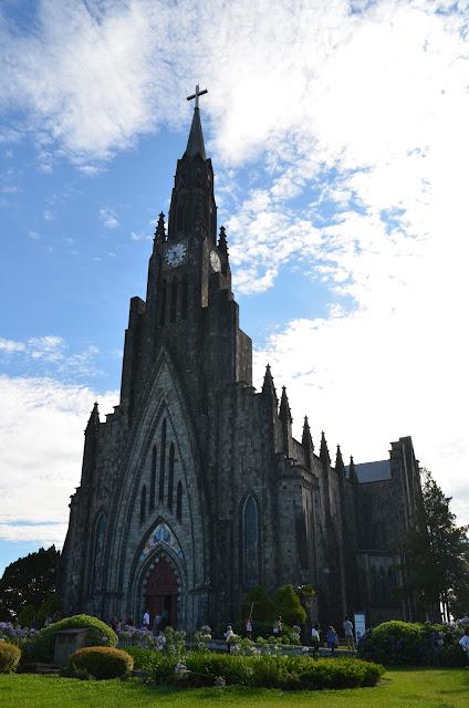 Catedral de Pedra de Canela, uma arquitetura lindíssima e a parte interna mais linda ainda