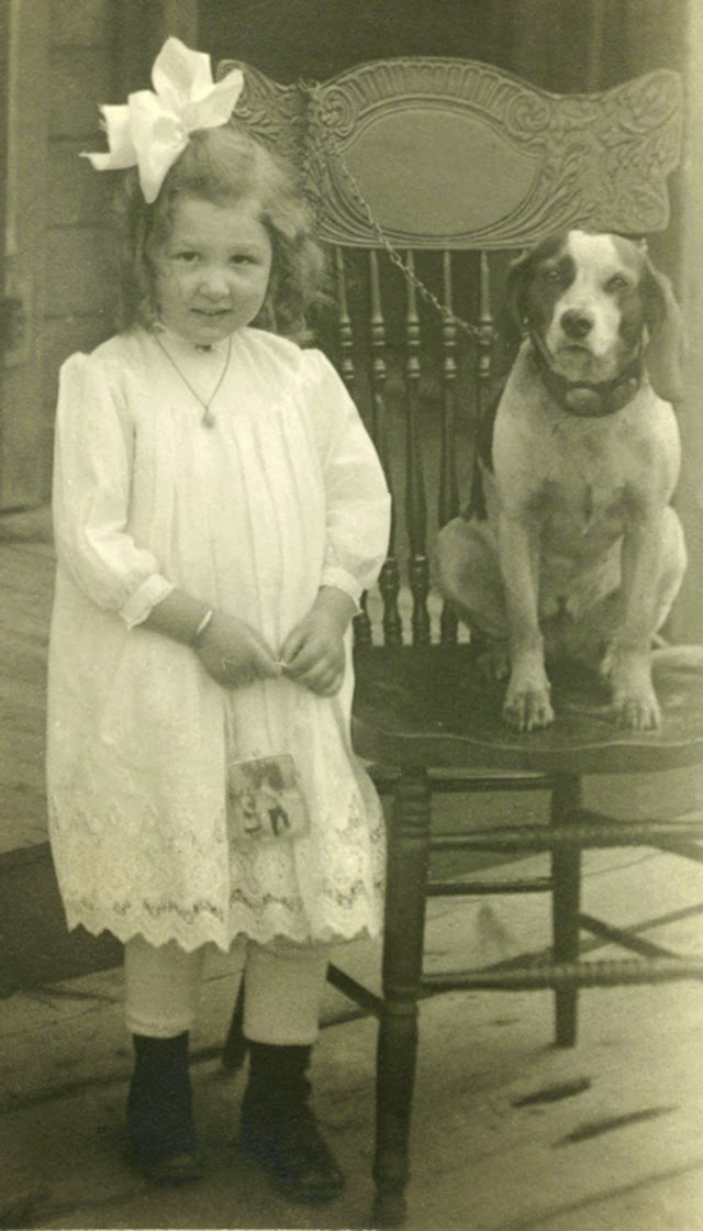 A Girl S Best Friend 50 Adorable Vintage Portrait Photos