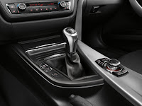2013 BMW 3-Series (F30) Interior Detail Manual GearBox Selector Lever