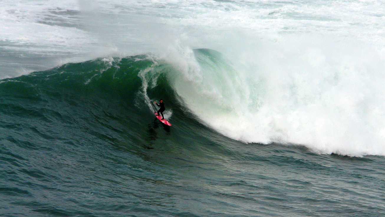surf menakoz diciembre 2015 olas grandes 27