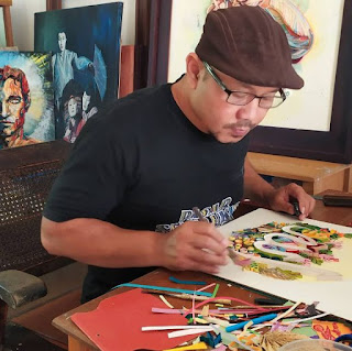 Seniman dan Karya Seninya