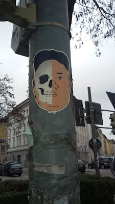 Death vs. Kim Jong Un von C.REAL || Schlachthof || München