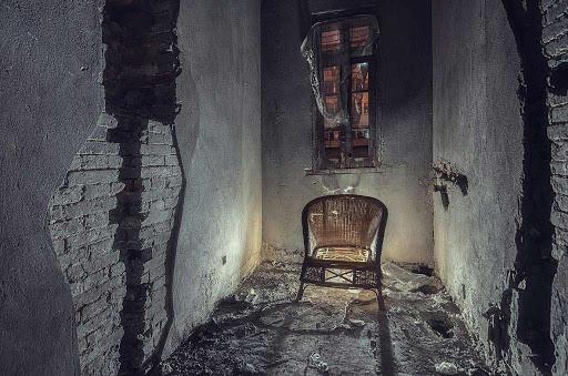 Chuyện bí ẩn bên trong ngôi nhà ma ám ở Bắc Kinh