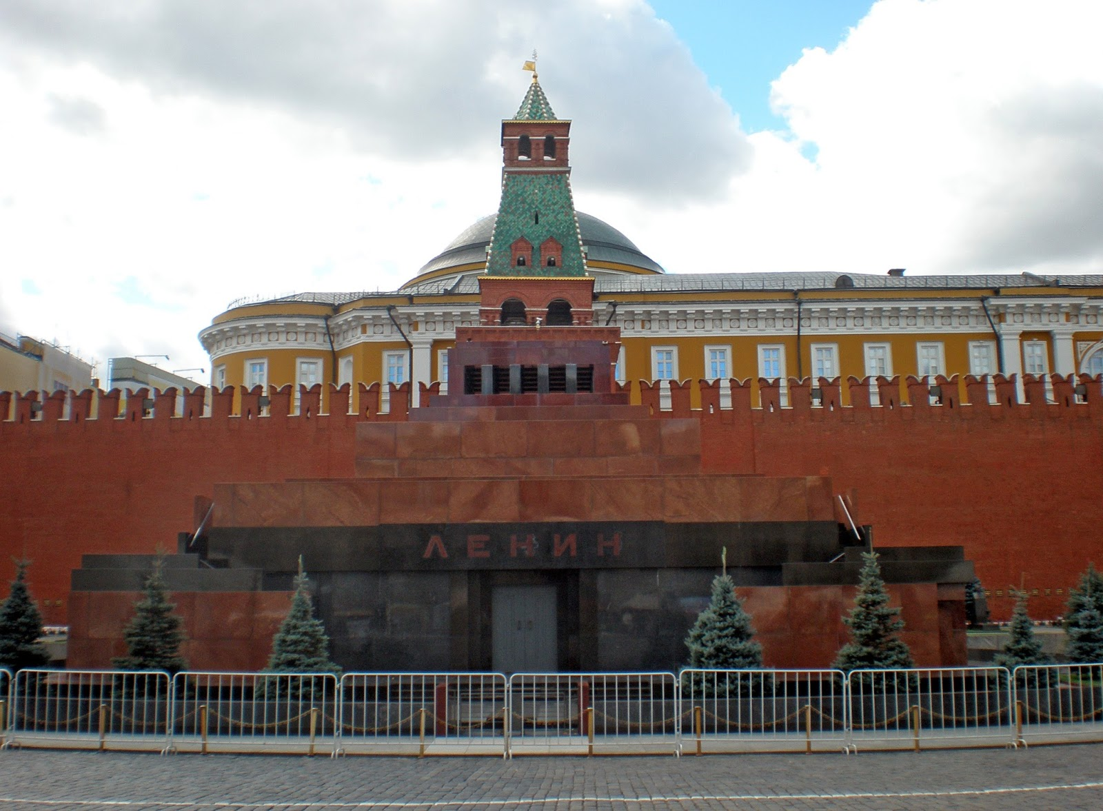 Lenin's mausoleum, Мавзоле́й Ле́нина, lenin's tomb, communism, socialism, russia, ussr, cccp, stalin, moscow, red square, october revolution, body, inside,