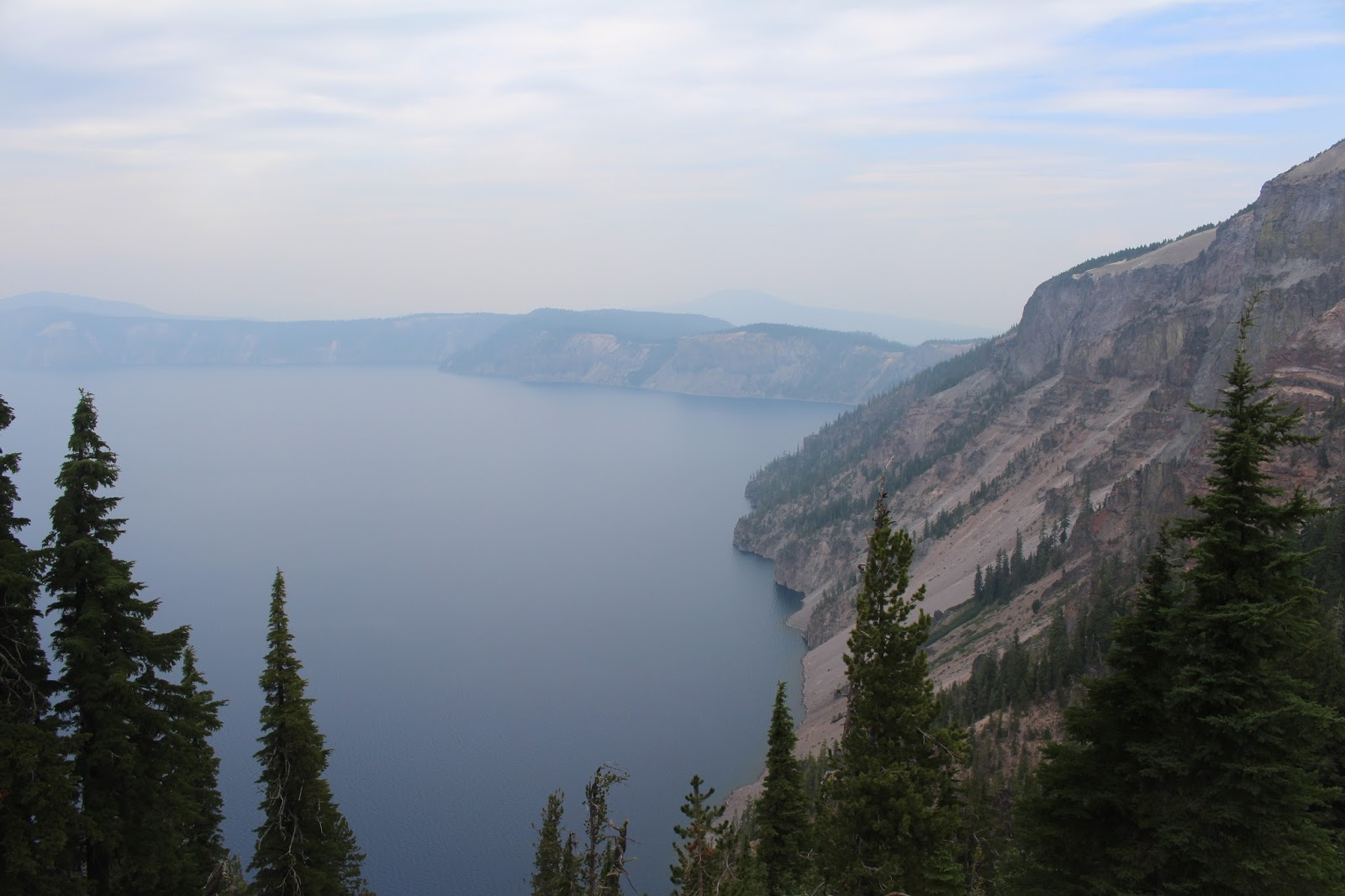 crater lake muslim single men St michael's golden-domed monastery (ukrainian: михайлівський золотоверхий монастир, mykhaylivs'kyi zolotoverkhyi monastyr) is a functioning monastery in kiev, the capital of ukrainethe monastery is located on the right bank of the dnieper river on the edge of a bluff northeast of the saint sophia cathedralthe site is located in the.