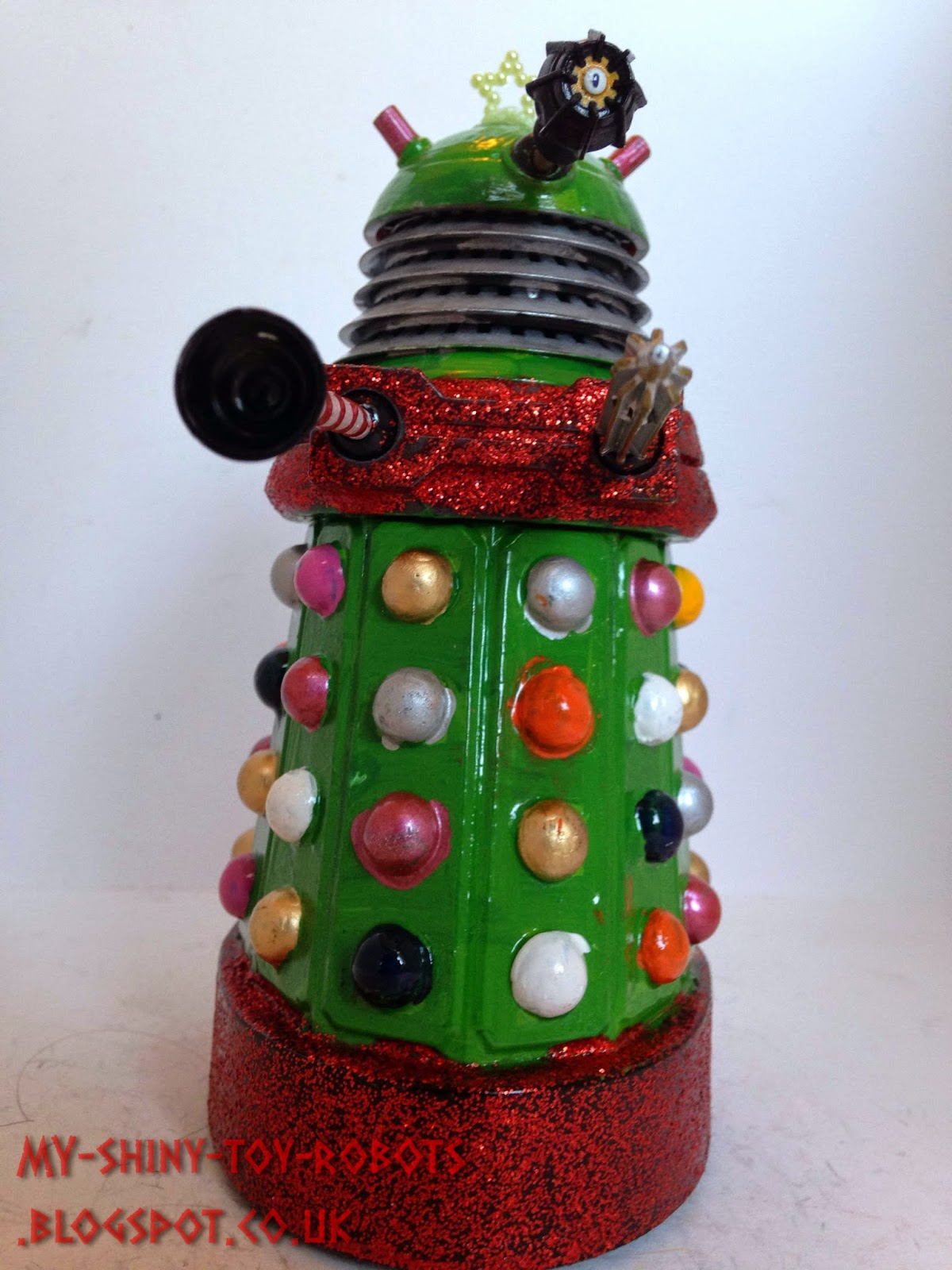 The Christmas tree Dalek