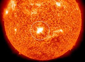 Bintik Matahari Memicu Ledakan Besar Menuju Bumi