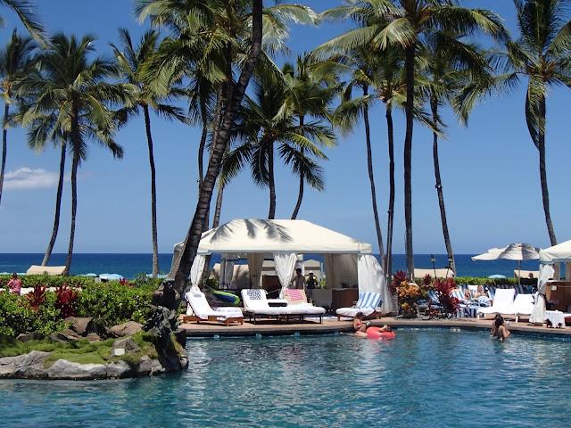 Grand Wailea pool and cabanas