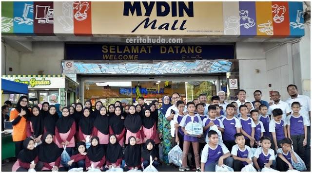 Program Komuniti McDonalds : Shopping Raya Untuk Anak Yatim - Pra Tahfiz Perkaya Kuala Terengganu dan Tahfiz Beladau Kolam