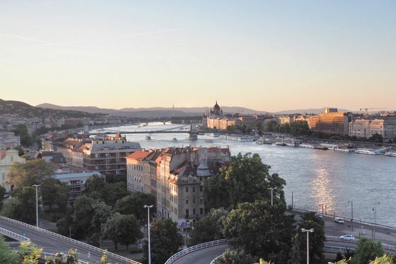 Panorama sur la ville de Budapest et le Danube