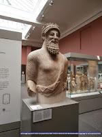 Estatua etrusca en el British Museum