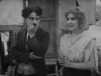 """Кадр из фильма Чарли Чаплина """"Скиталец"""" (1916) - 12"""