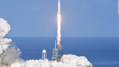 SpaceX Launches World's Most Powerful Rocket 'Falcon Heavy'