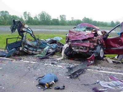 acidente deixa 2 mortos
