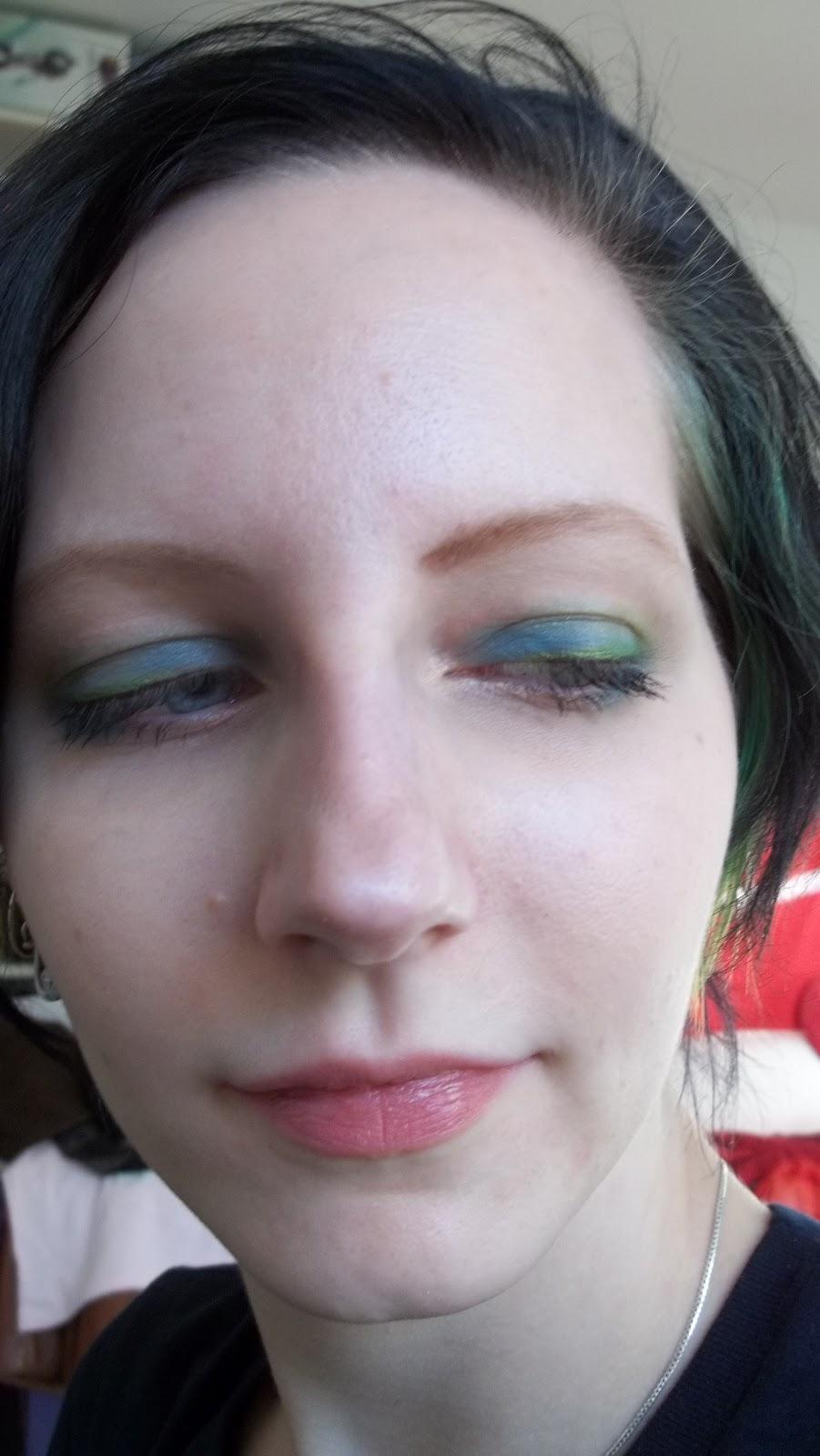 blau grüne augen