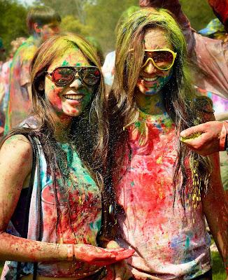 holi-2016-colorful-images-hot-pics