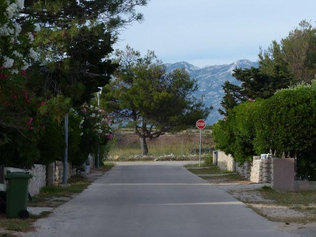 Kroatien Campingurlaub Rundreise Meerblick Fahrt Insel Pag Povljana