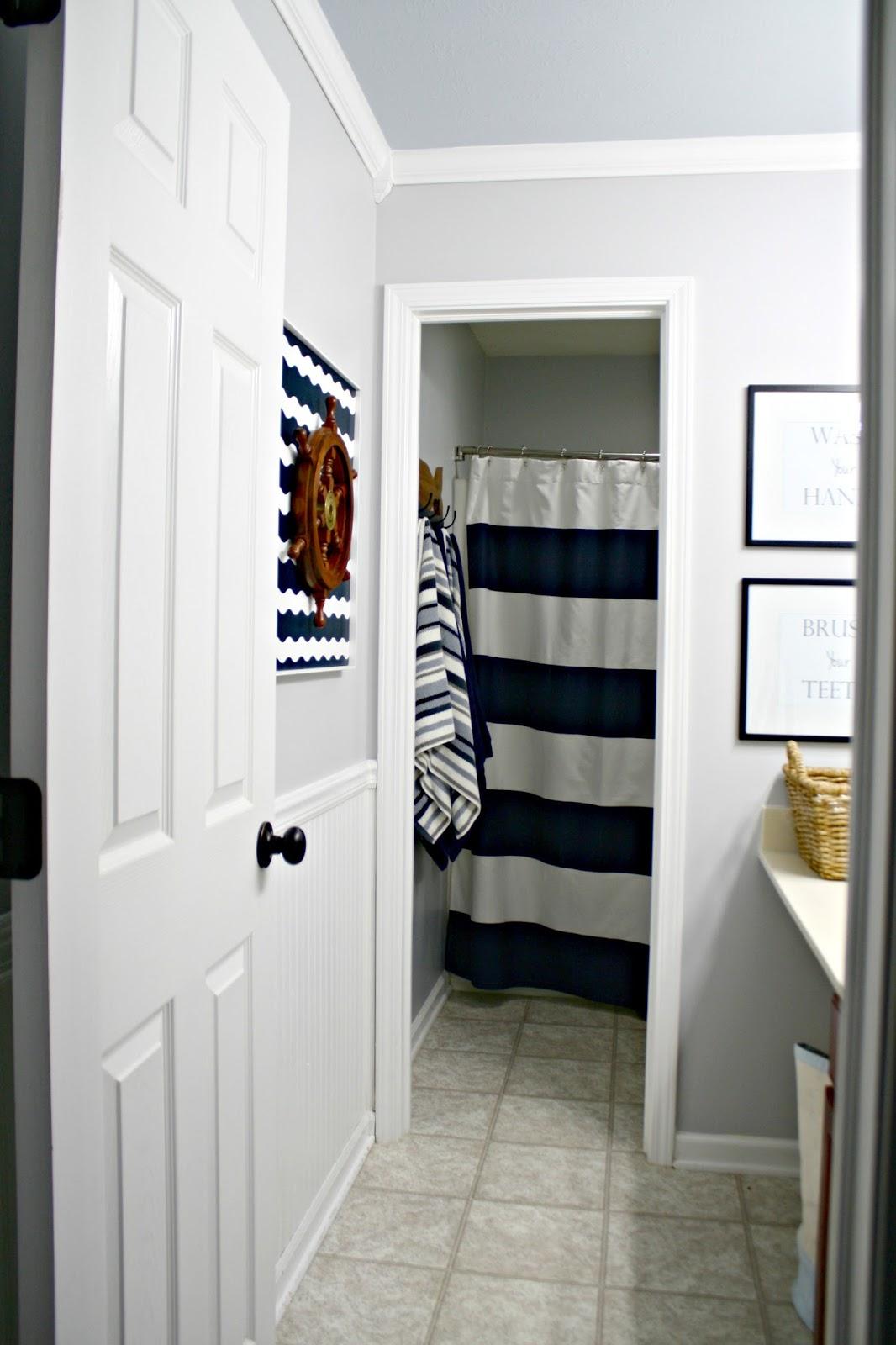 Trend Gray and blue boy us bathroom