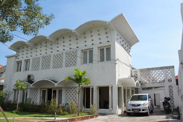 3. Rumah Salim Martak, Surabaya contoh arsitektur jengki