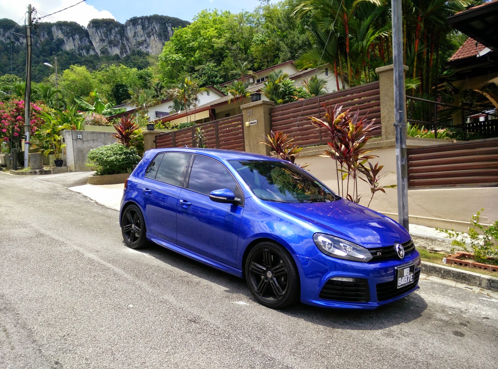 Guest Post: Owner's review - 2010 Volkswagen Golf R Mk6