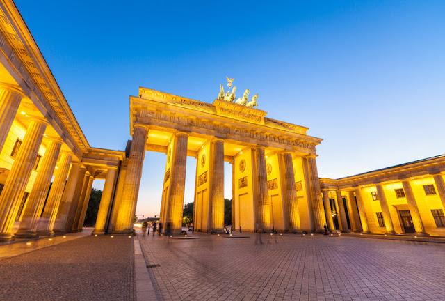 Quanto custa uma passagem aérea para Berlim