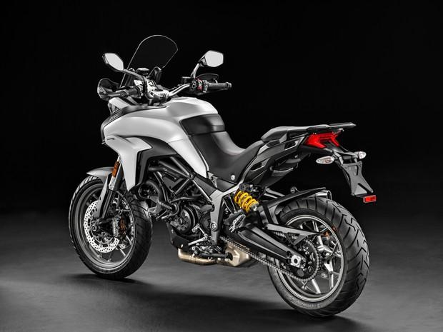 bdecf670d De acordo com a empresa, a ideia foi criar uma moto mais