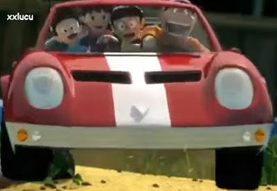 mobil kecil dalam film doraemon
