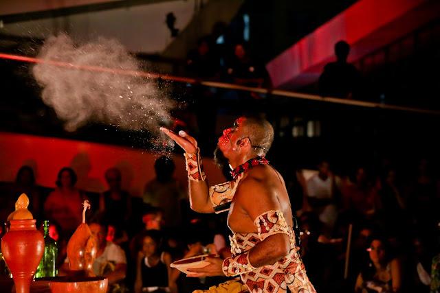 Sesc Belenzinho traz religiosidade afro, racismo, colonialidade, arte e o pulsante convívio em comunidade na Mostra Motumbá