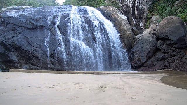 Objek Wisata Air Terjun Banyu Anjlok