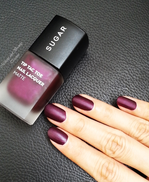 It S Sugar Cosmetics Tic Tac Toe Nail Polish In Purple Paradise I Am Not Sure Of The Other Shades But Is Superb All Aspects