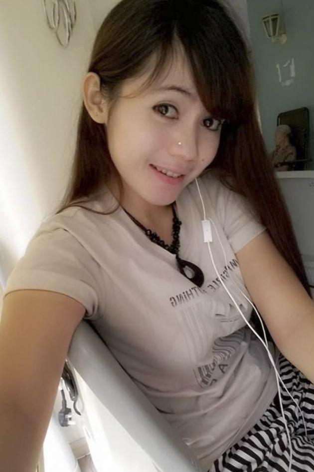 Foto TKW Cantik Nunik Ambarwati Lipsync Lagu Sambalado